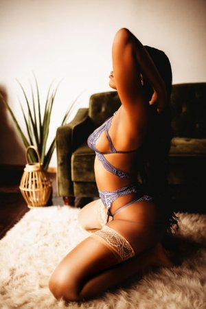 Elettra nuru massage in Merrillville Indiana & live escort