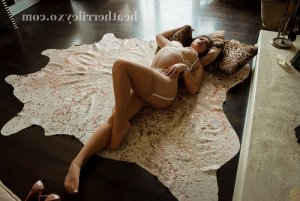 Annie-pierre tantra massage & call girls